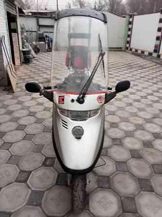 Продам скутер Хонда Лид кабина объемом 90 куб Алматы