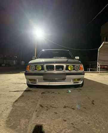 BMW 5 серия, 1993 года в Шымкенте  Шымкент