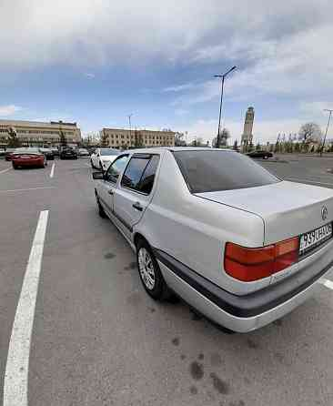Volkswagen Vento, 1992 года в Алматы  Алматы