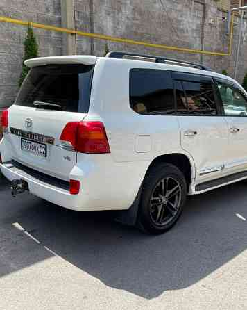 Toyota Land Cruiser 200 2008 года Алматы