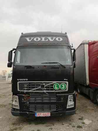 Продаётся тягач Volvo fh12 Алматы