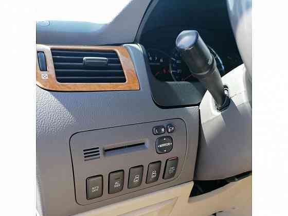 Toyota Alphard 2007 года Атырау