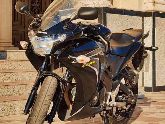 В продаже Honda CBR 150. 2010 г Шымкент