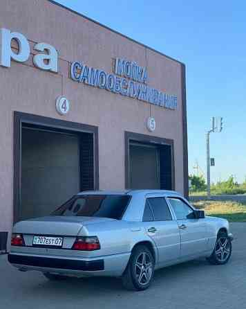 Продажа Mercedes-Bens 300, 1990 года в Уральске  Уральск